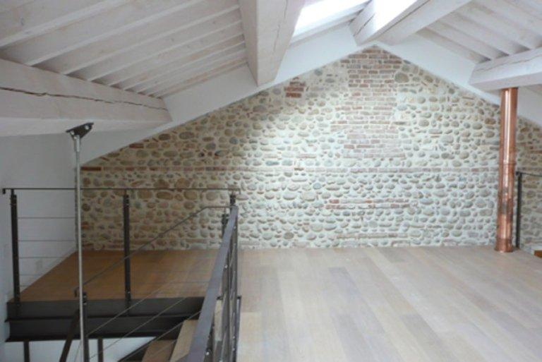 Sottotetto abitabile da ristrutturazione di cascina storica