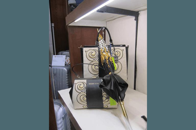 borse e ombrelli versace