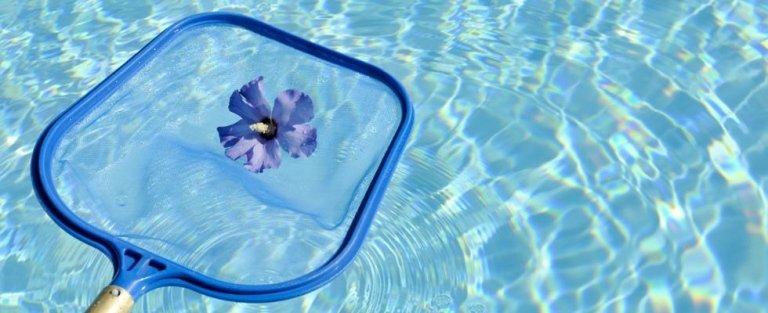 servizi di pulizia e manutenzione piscine
