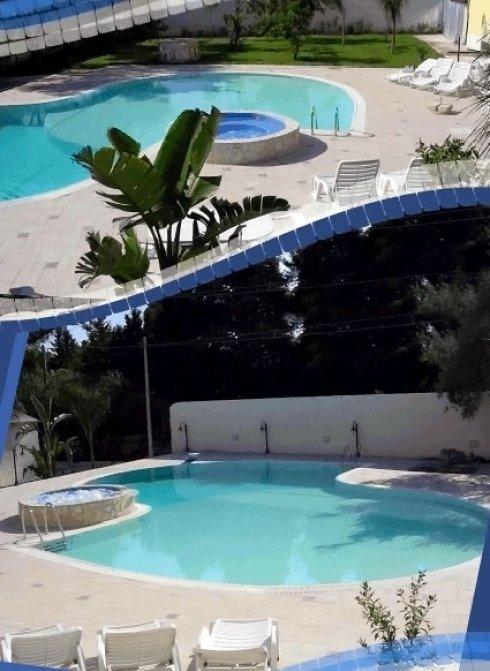 piscine di varie dimensioni