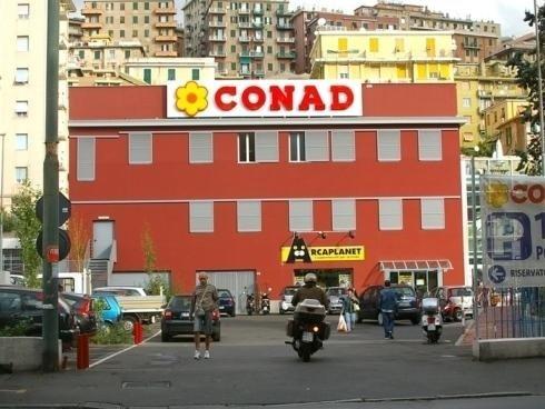 Lettere Scatolate Luminose Mono Conad Cornigliano