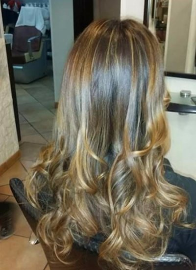 esempio di trattamento per sfumatura capelli