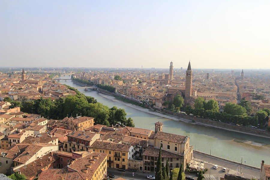 vista della citta' di Verona