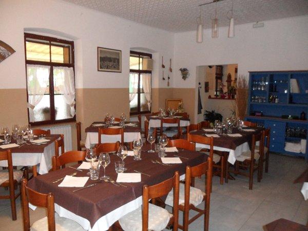 Tavoli da pranzo a Nova Dolina in Trieste