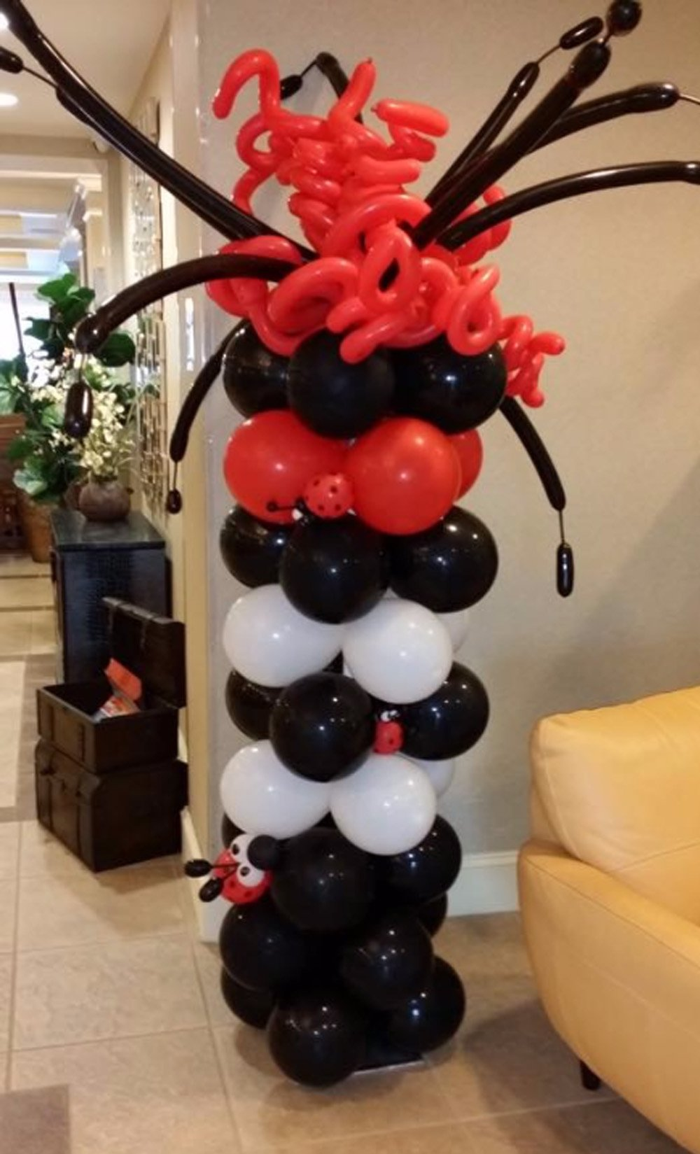 Balloon Sculptures Long Island NY