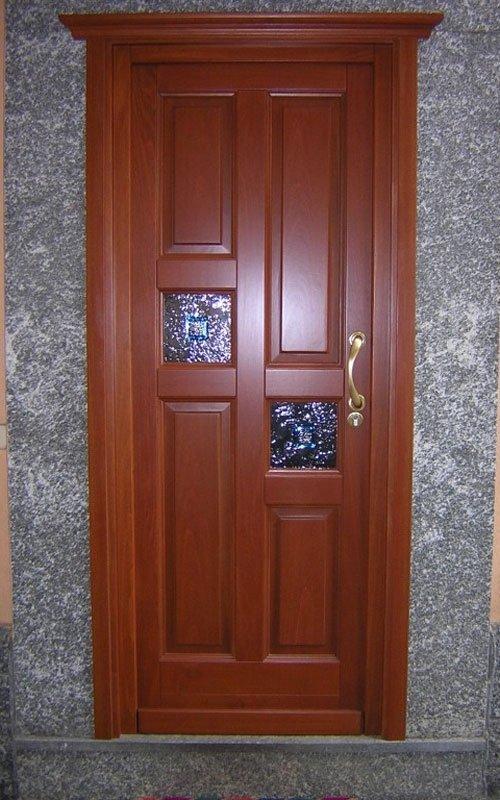 portoncino con inserti vetro colorato