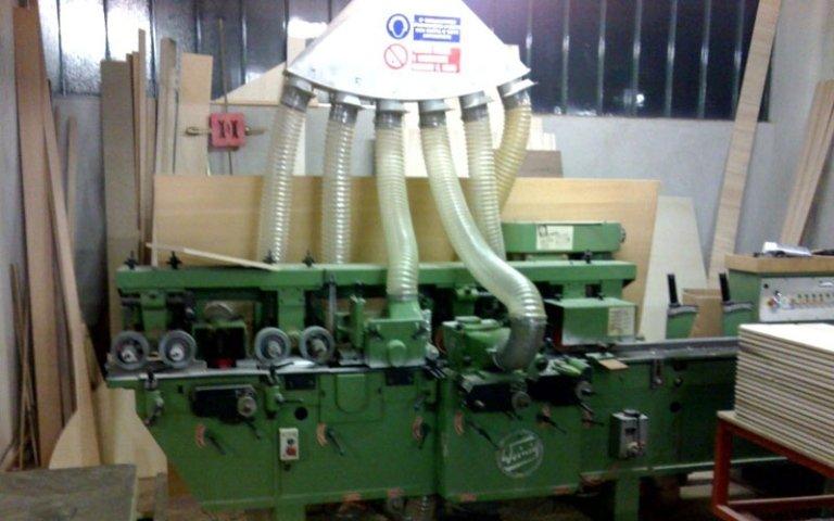 macchinario per lavorazione legno