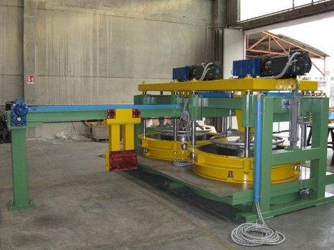 campo lungo di macchinario industriale