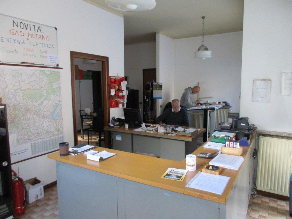 ufficio spluga petroli