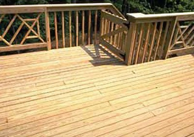 Hardwood decking with fencing