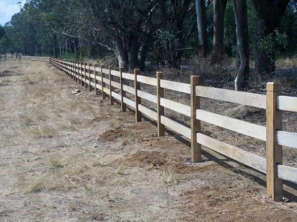 Get Timber Fencing Supplies in Narellan | HAYTERS TIMBER AND