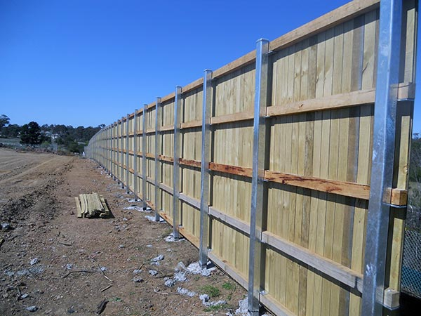Get timber fencing supplies in narellan hayters