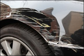 For scratch removals in Southampton, Hampshire, call Southampton Car Body Worx on 023 8063 8976