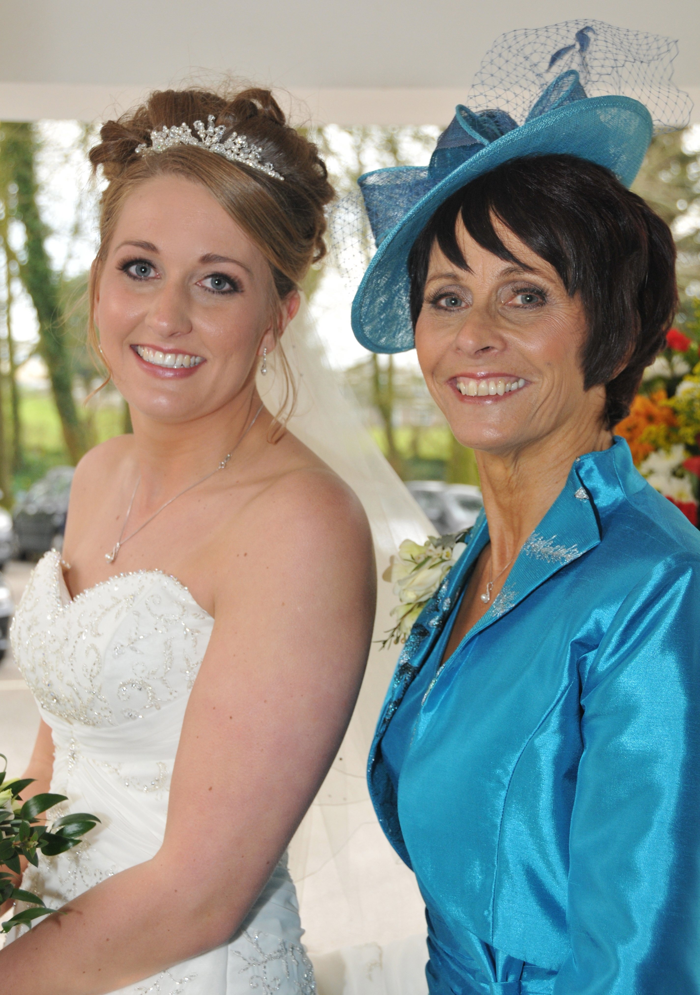 mother of the bride in blue