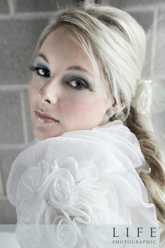 lovely wedding day makeup