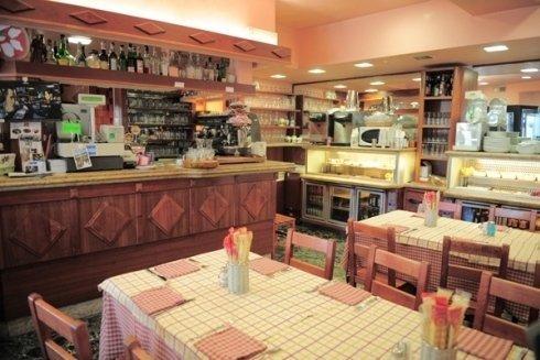 La sala della pizzeria