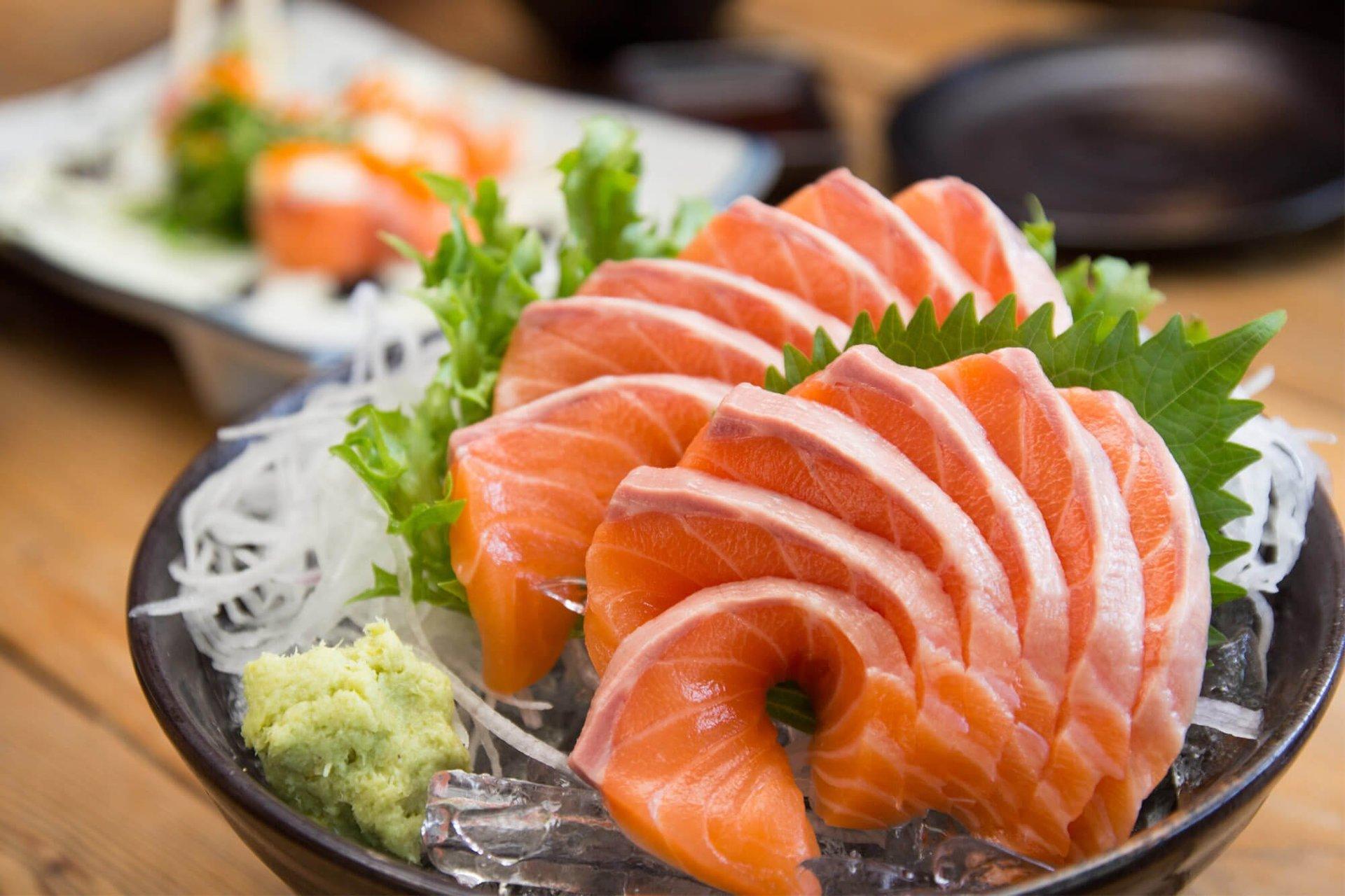 sashimi con wasabi