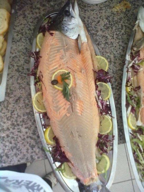 La trattoria Da Antonia vanta un ampio repertorio di piatti a base di freschissimo pesce.