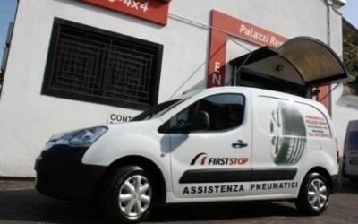 furgone per assistenza gomme Bologna