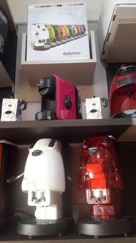 delle macchinette del caffè' di diversi colori