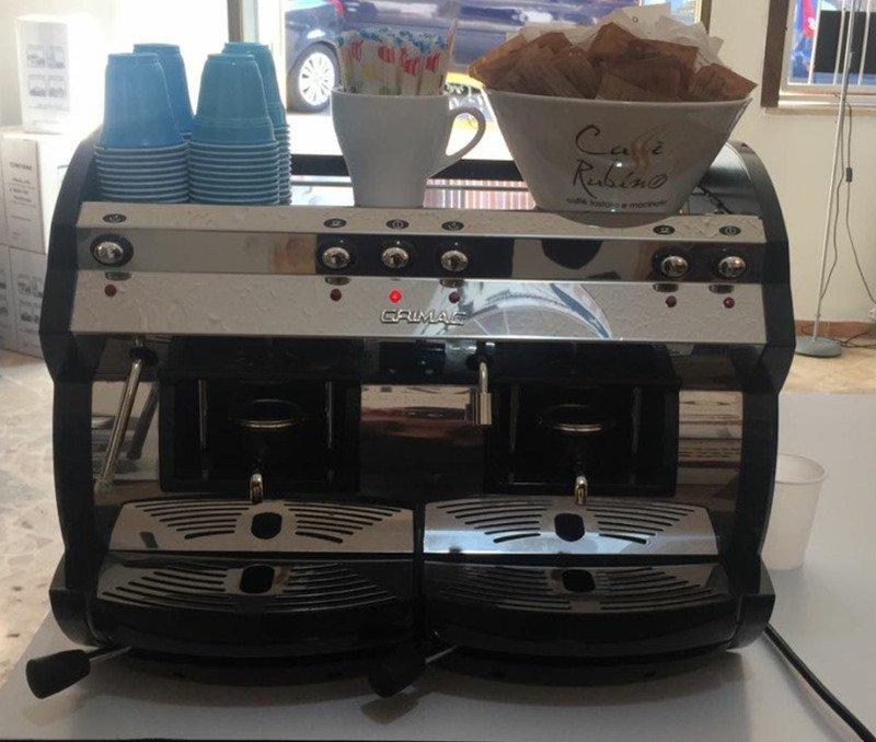 una macchina del caffè' della marca Grimac