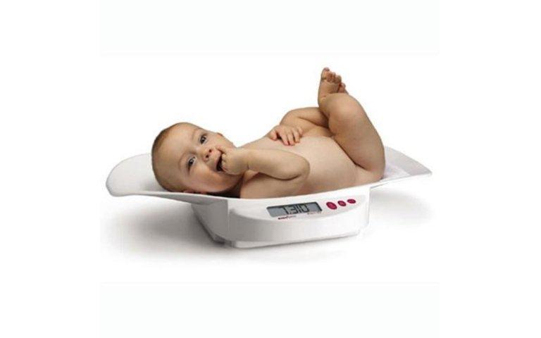 pesa neonati