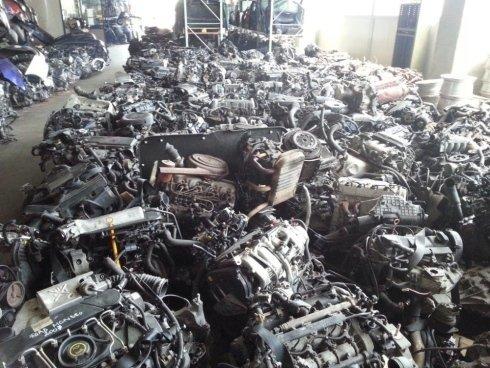 motori recuperati dalla demolizione