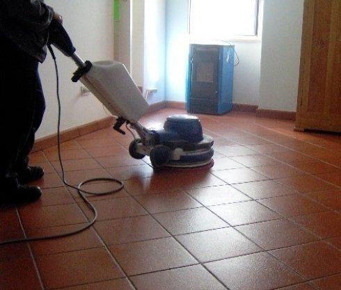imprese di pulizie che trattano il cotto