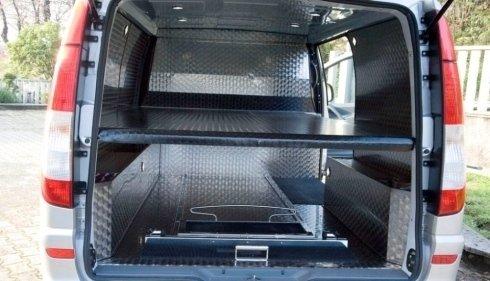 furgoncino trasporto salme