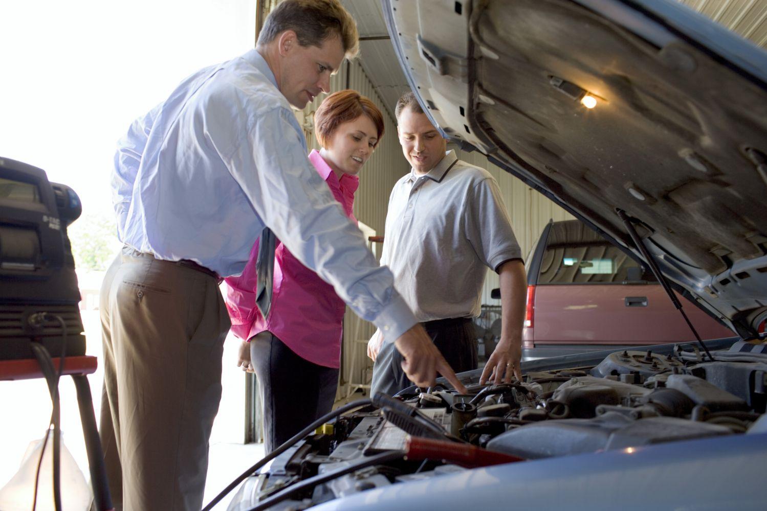 Basic auto maintenance service in Lincoln, NE