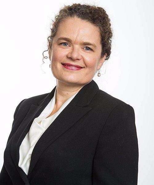 Ms Evelyn Horton