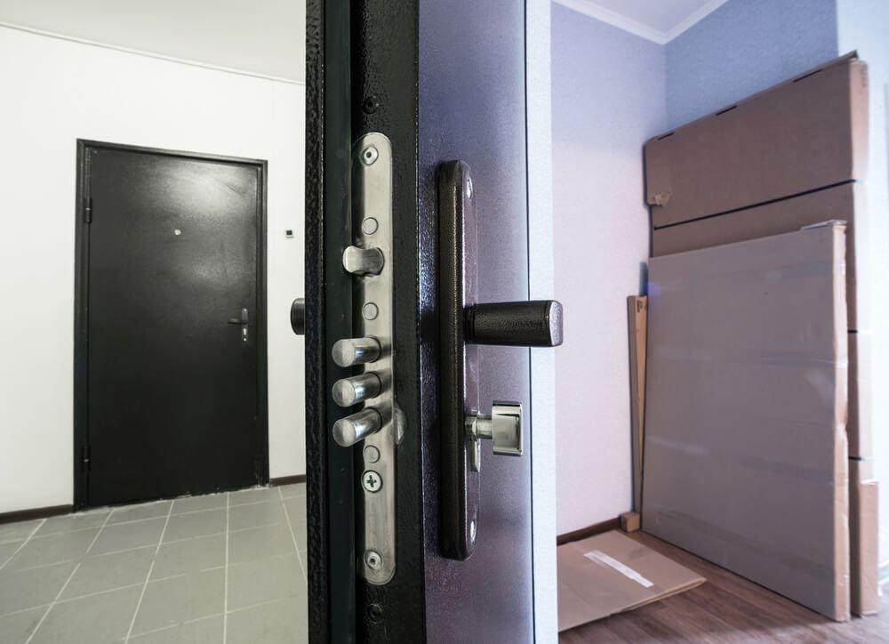 dettaglio di serratura blindata