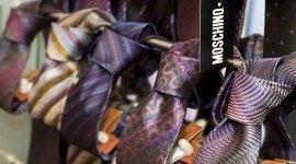cravatte moschino