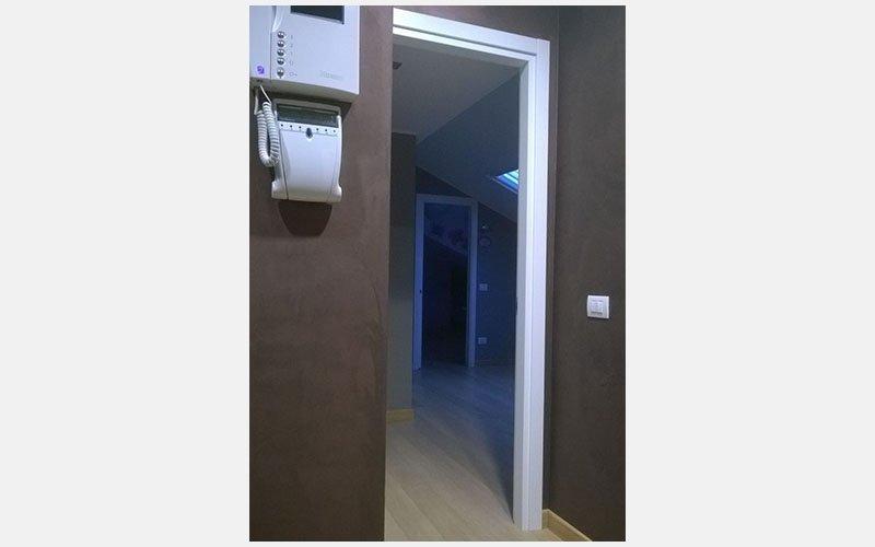 velatura appartamento marroncina