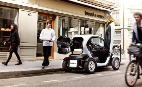 Consegna con veicolo elettrico- exclusion-centro-bologna