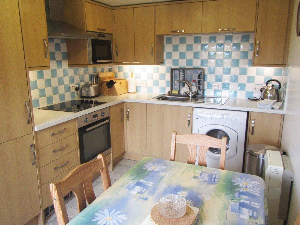 Cairns Cottage - Kitchen