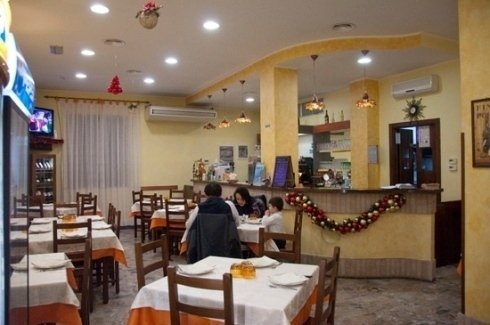 Sala ristorante e bar