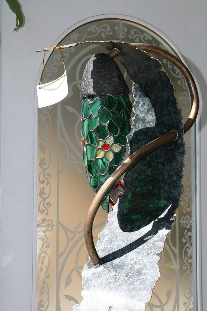 lampada artigianale tiglio, ferro e punto luce in vetro