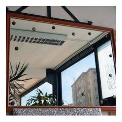 specchio con murrine incastonate