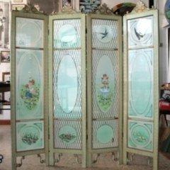 separè legno dipinto a mano e vetri decorati a pittura