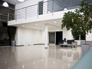 pulizia negozi, centri commerciali, palestre, locali pubblici con Consorzio Activa Milano