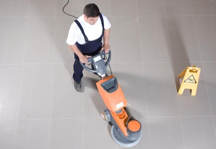trattamento pavimenti, lavaggio moquette, fornitura prodotti