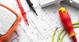 sistemi di controllo plc per l'industria manufatturiera