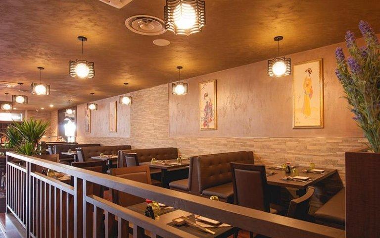 Sala ristorante con posti a sedere