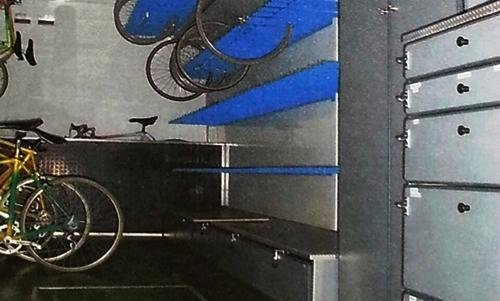 Portabiciclette all'interno di un furgone