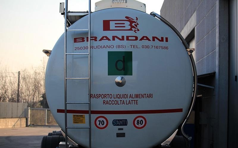 Brandani milk collection liquid foodstuff transport