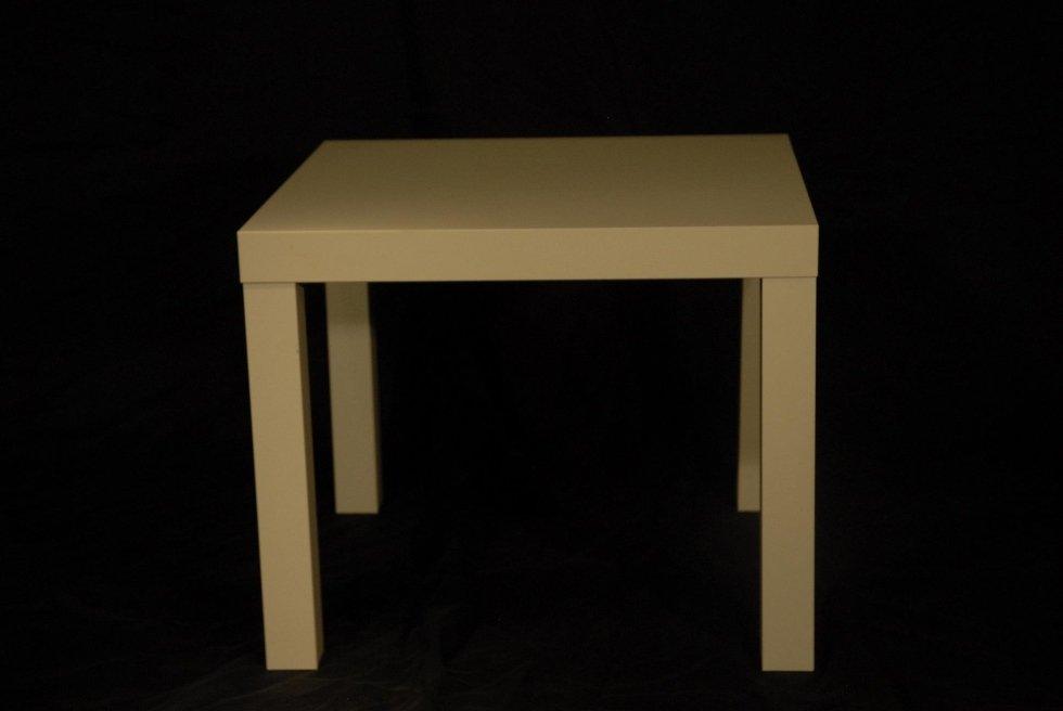 Tavolino bianco 50x50