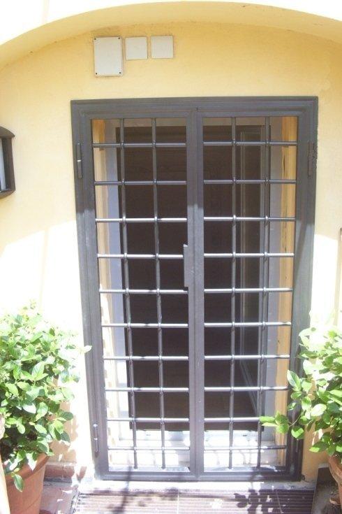 Almenno San Salvatore (BG) - Pellegrinelli Omar , ferro, antintrusione, riparazioni
