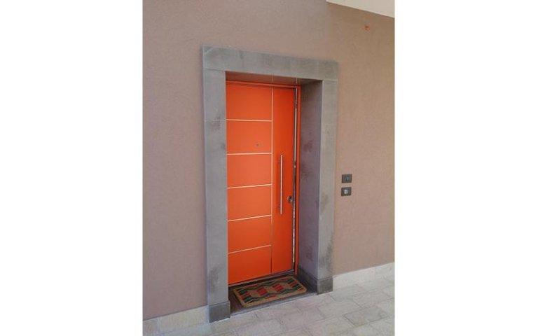 porta arancione