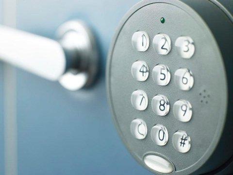 sistema di chiusura in sicurezza a codice nuerico per cassaforte